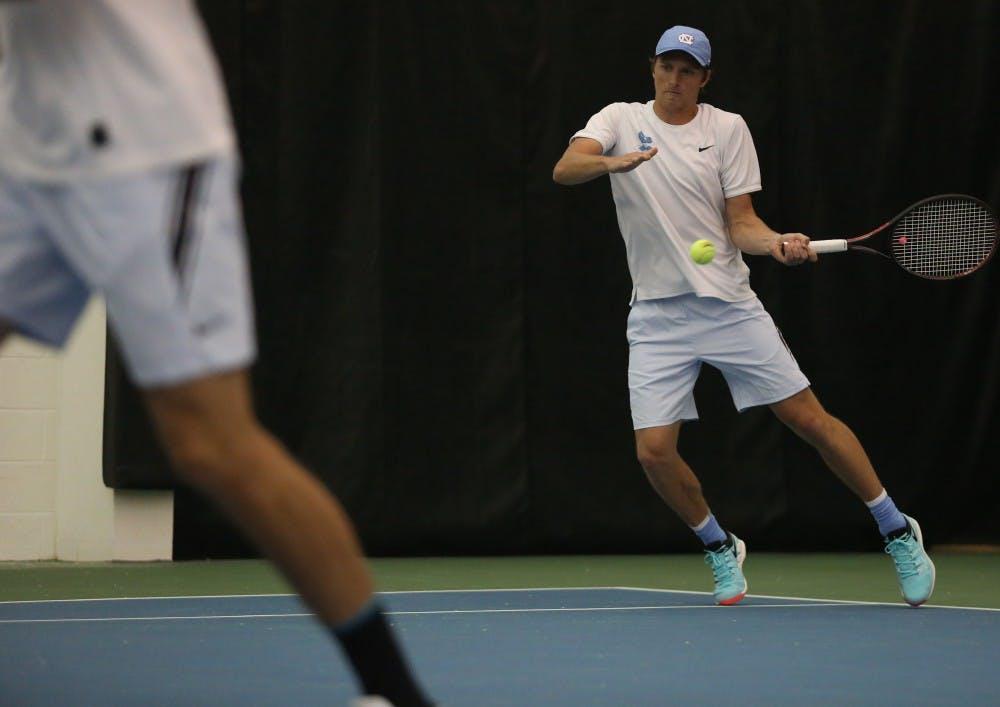 No. 9 UNC men's tennis falls to No. 5 Virginia, 4-2