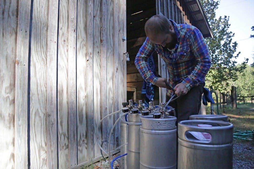 'Dingo Dog' brewery donates profits to no-kill animal shelters