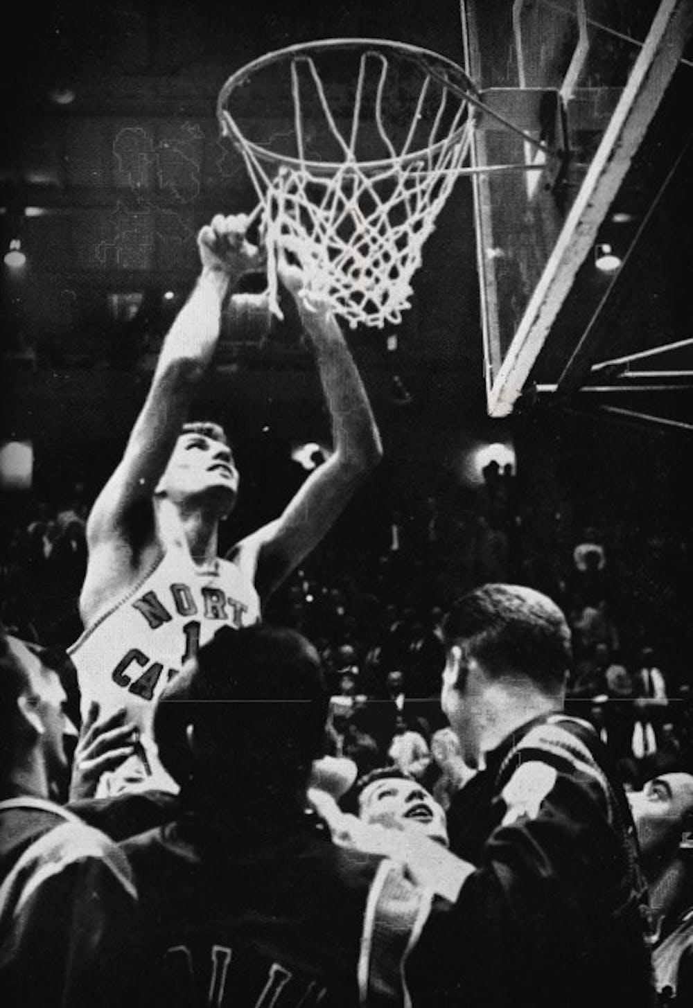 1957 recap: Tar Heels ?nish season unblemished