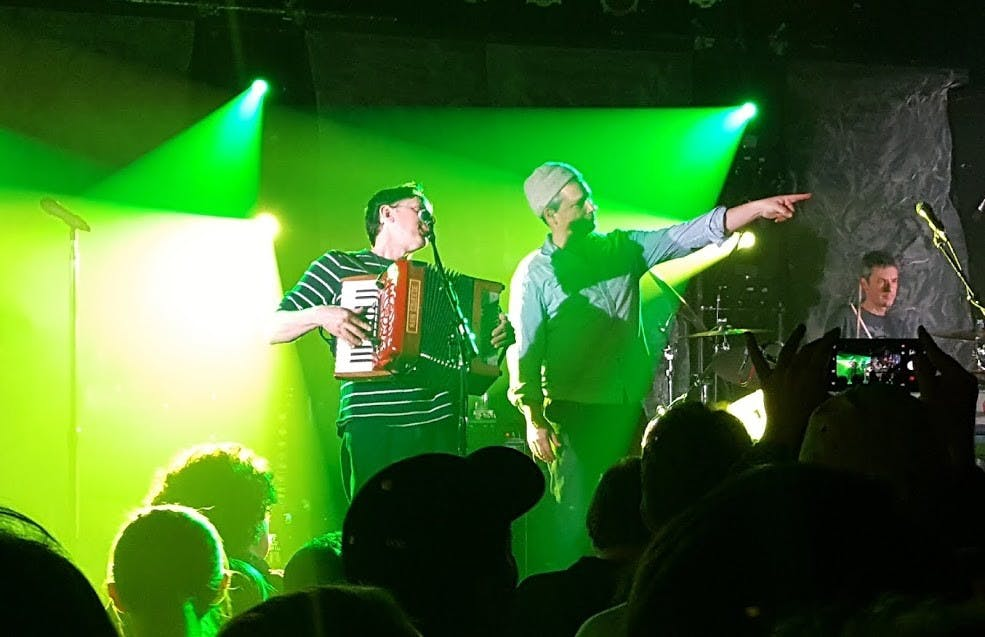 They Might Be Giants Concert Review: Man, It's So Loud In Cat's Cradle