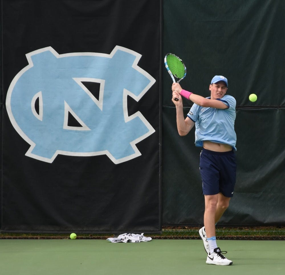 North Carolina men's tennis stays perfect in ACC play with 6-1 win at Notre Dame