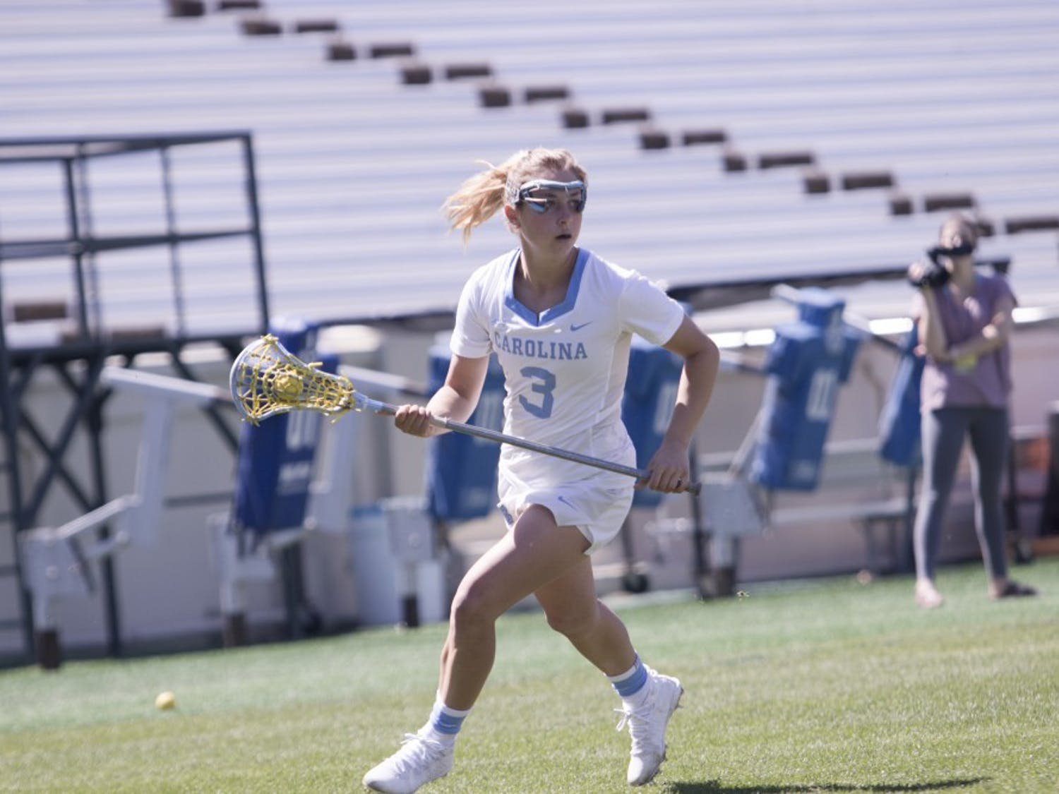 Jamie Ortega (3) advances the ball against Notre Dame on March 31, 2018 in Kenan Stadium.