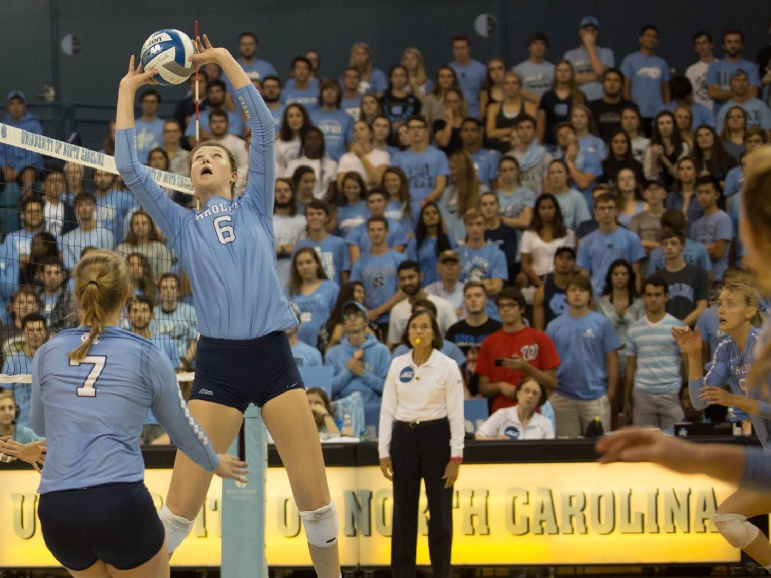 Holly Carlton (6) sets the ball against Duke on Friday night in Carmichael Arena.