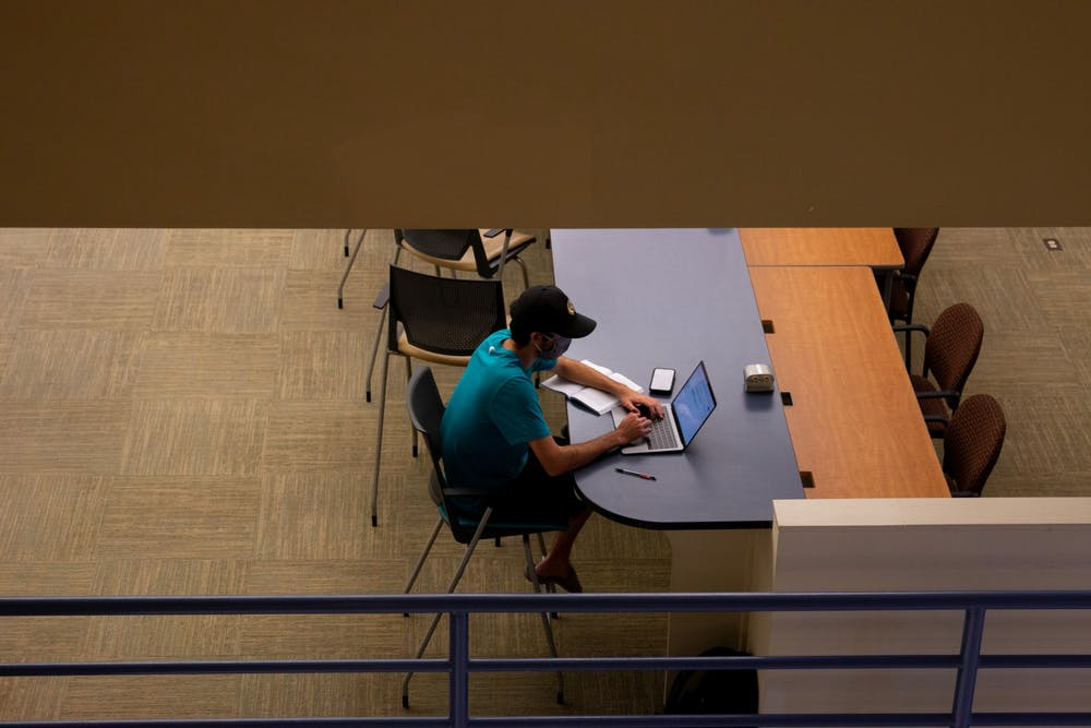 <p>Students use Davis Library's study spaces in Chapel Hill, NC, on Sept. 23.&nbsp;</p>