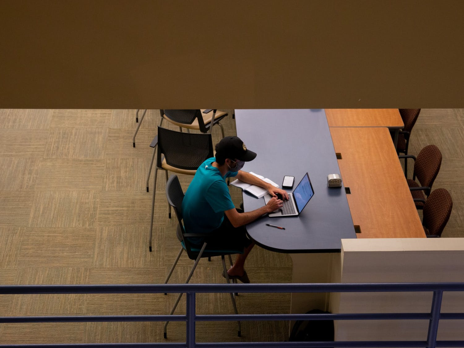Students use Davis Library's study spaces in Chapel Hill, NC, on Sept. 23.