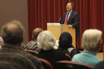 David Makovsky, fellow at the Washington Institute for Near East Policy, speaks in the Nelson Mandela Auditorium in the FedEx Global Education Center Wednesday night. He shares some of his firsthand accounts of working as a journalist behind the scenes of the Israeli-Palestinian talks.