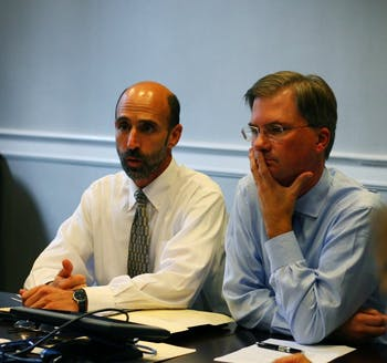 Steve Reznick and Chancellor Holden Thorp discuss academics and athletics at a meeting Tuesday dealing with issues the football team faces.