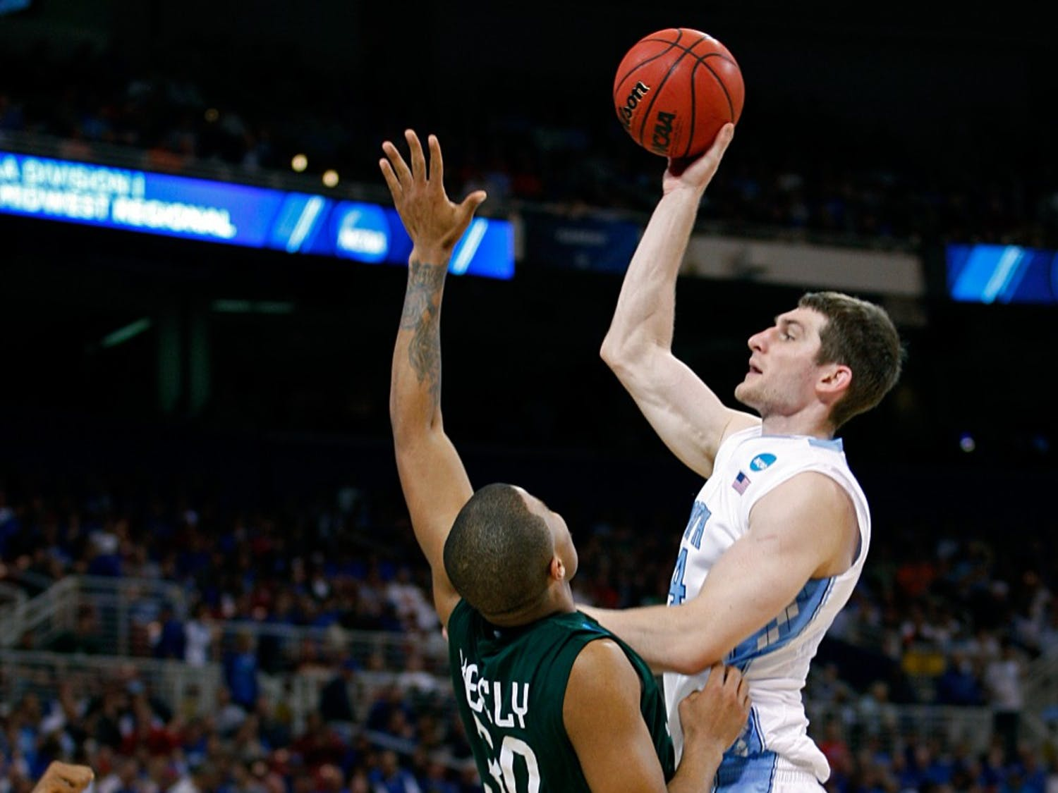The Tar Heels lead the Ohio Bobcats 29-22 at the Half  in the Sweet 16 round of the NCAA Tournament at the Edward Jones Dome in St. Louis on Friday, March 23, 2012,