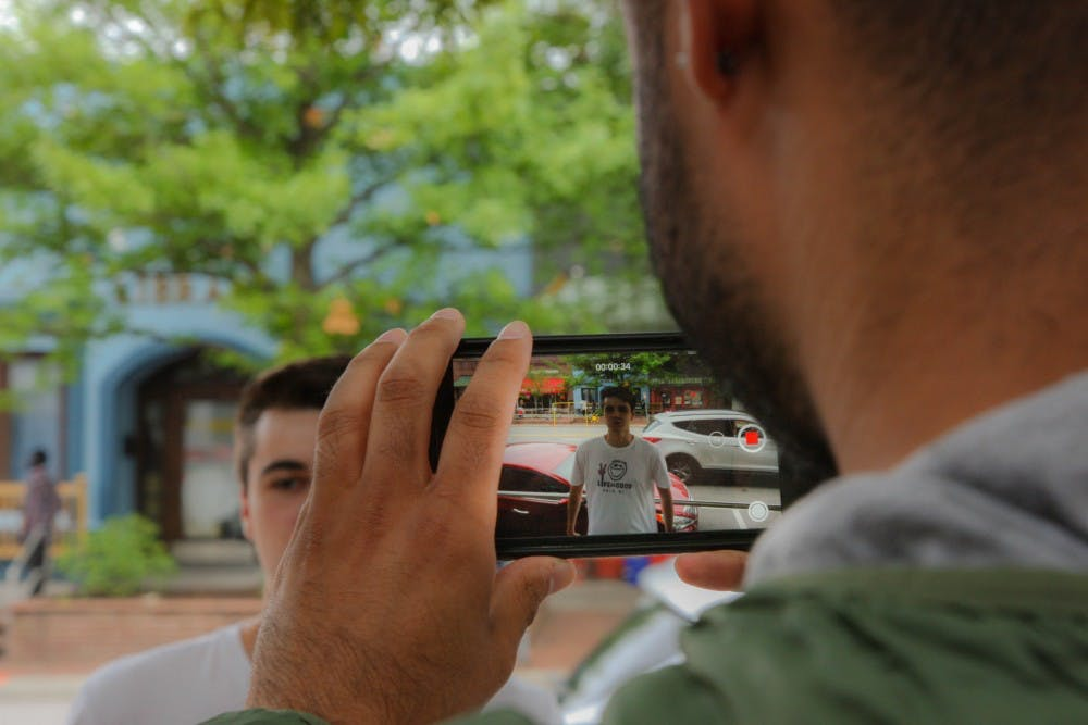 The MJ-school evolves with the industry by using smartphones for video assignments