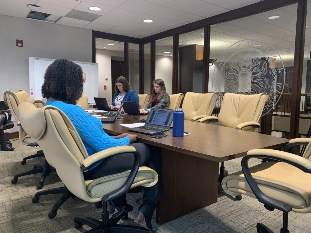 Summer session changes and credit hours were the subject of Thursday's BOG meeting