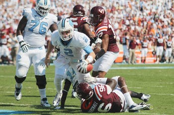 Bryn Renner scores UNC's second touchdown against Virginia Tech, making the score 14 to 7.