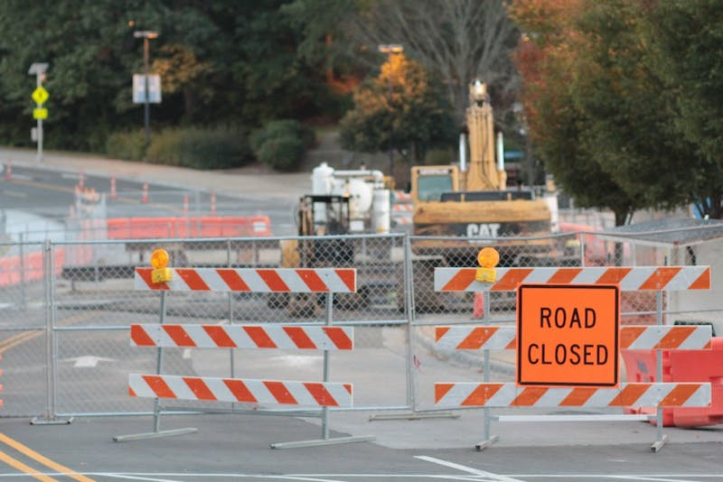 Emergency steam tunnel repairs conducted by UNC Facilities Services forces the closure of a portion of Skipper Drives through January 6, 2017.