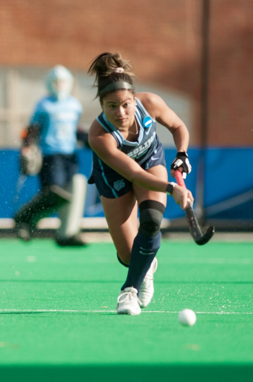 <p>Junior back Courtnie Williamson (25) passes the ball during the NCAA Championship Game against Princeton University at Kentner Stadium on Sunday, Nov. 24, 2019. UNC won 6-1, marking their 8th national championship.</p>