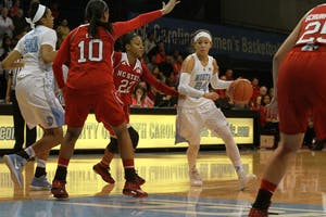 Sophomore guard Jessica Washington (24) shot just 4-of-13 in North Carolina's 61-56 loss to Syracuse Thursday night.