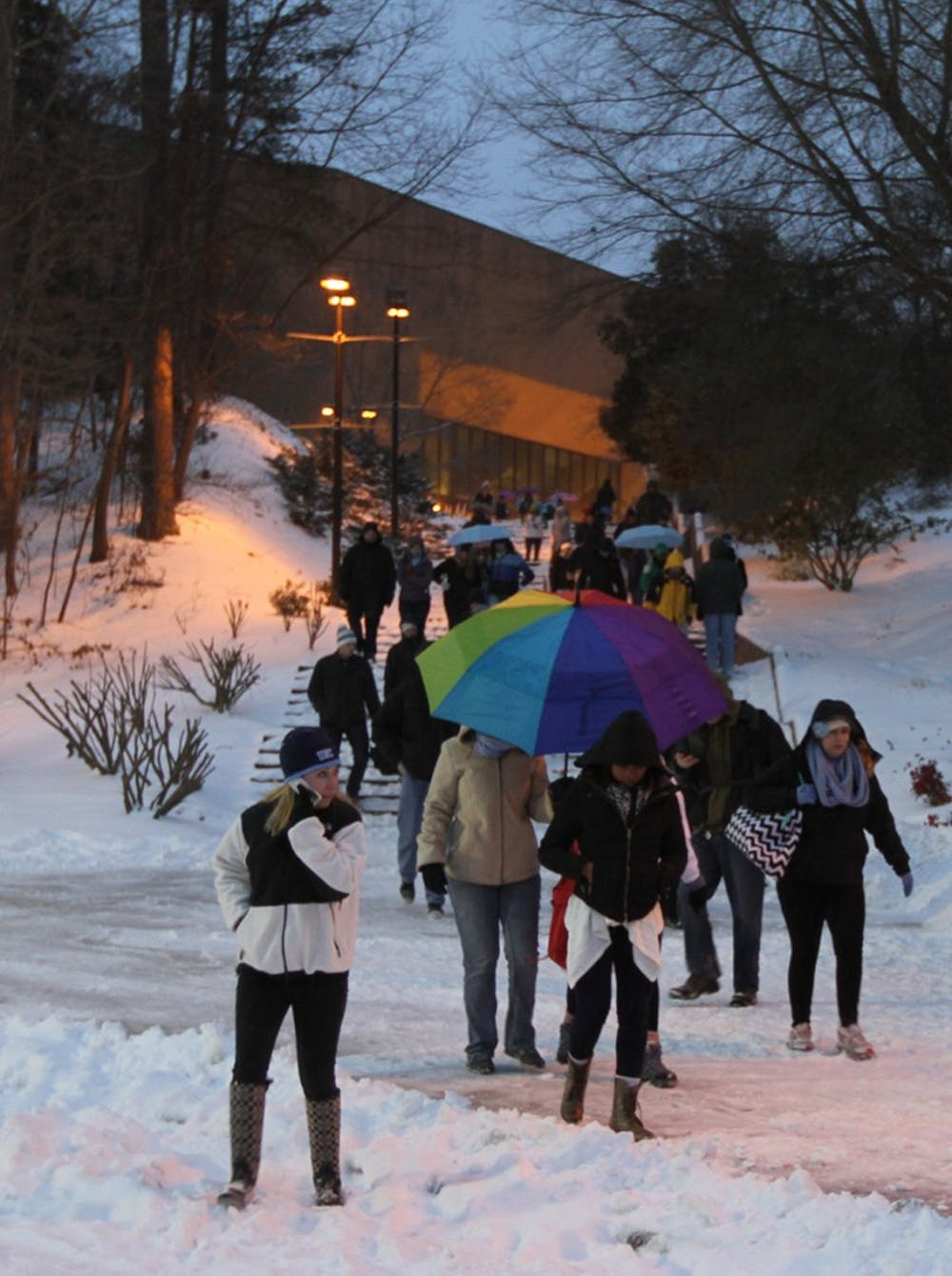 Snow storm hits Chapel Hill, strands students and residents