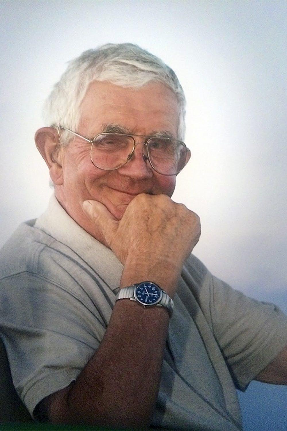 'Farmer Bob' Nutter, founder of Maple View Farm, dies at 90