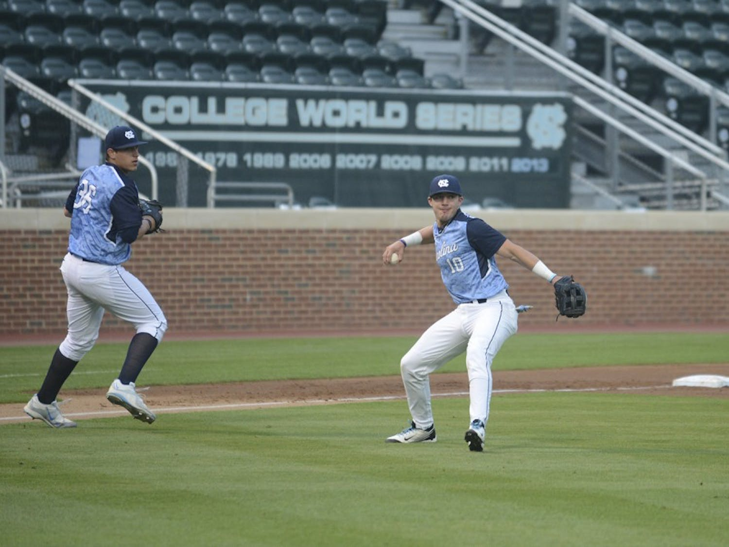 UNC freshman third baseman Zack Gahagan (10) has no throw on a lucky swinging bunt in Tuesday's game against High Point.