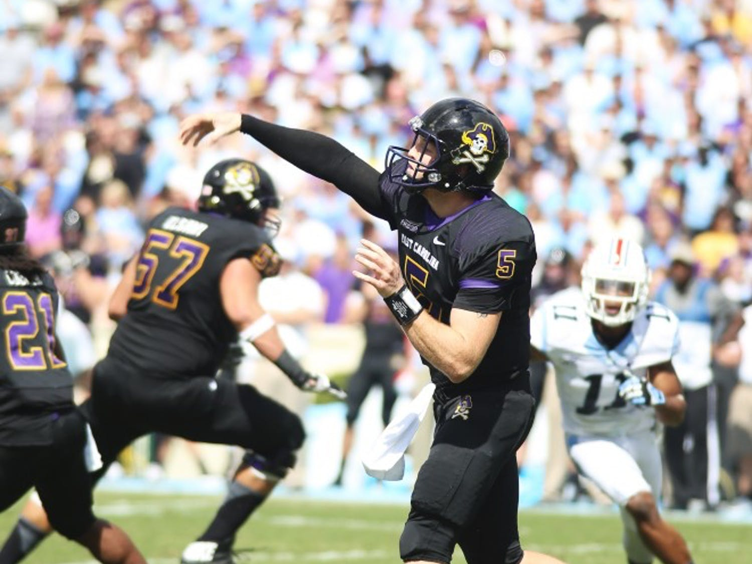 ECU quarterback Shane Carden (5) throws a pass. He completed 32 out of 47 attempts with 1 interception.