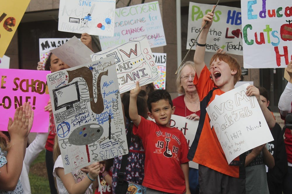Parents and students rally for bill to preserve music, art and PE classes