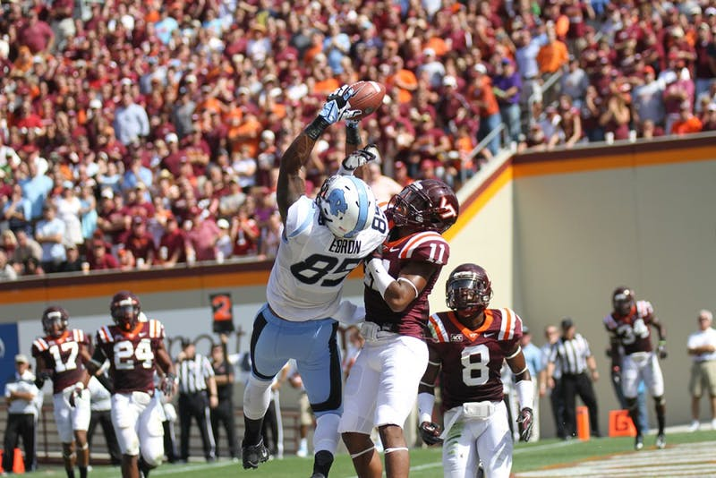 Eric Ebron makes an acrobatic catch in the endzone and scores UNC's first touchdown of the day.