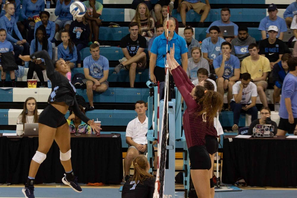 Tar Heels topple FSU in five sets for UNC volleyball's fourth win in a row
