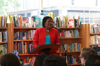Professor Paulette Ramsay discusses the Afro-Mexican diaspora in the Student Store.