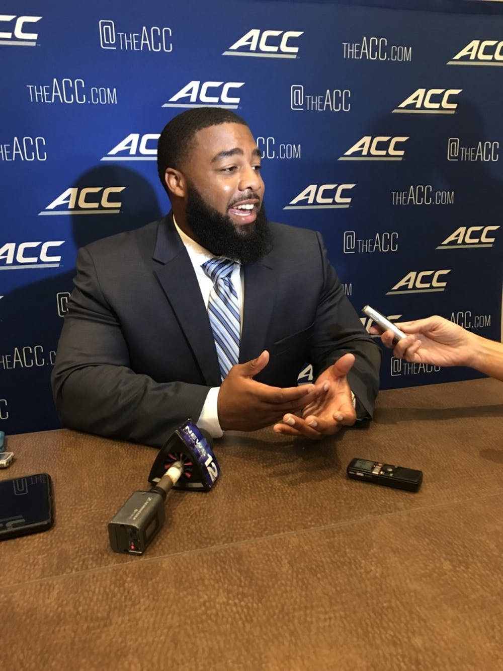 Knee injury to UNC defensive tackle Aaron Crawford sets back position group