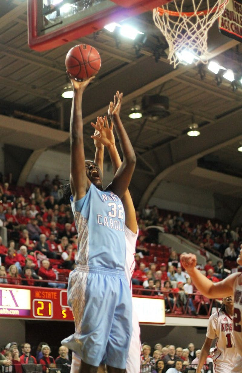 Waltiea Rolle goes in for a layup.