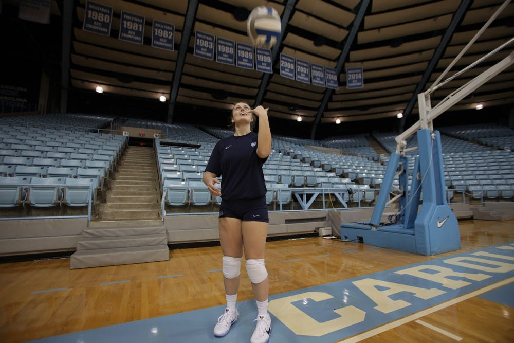 'By my side': UNC volleyball senior Abigail Curry plays to honor her dad