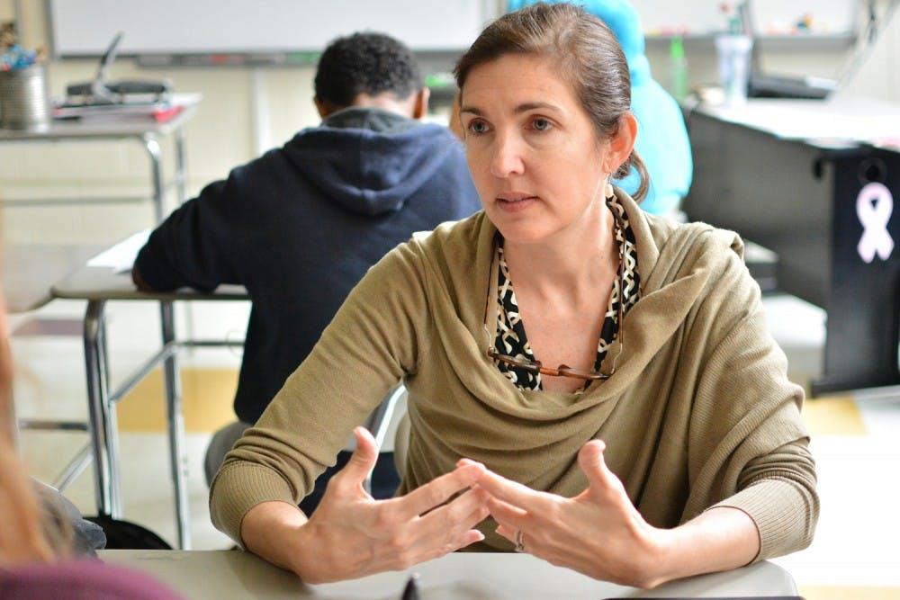Phoenix Academy High School teacher with ALS plans, raises money for class trip to Holocaust Museum