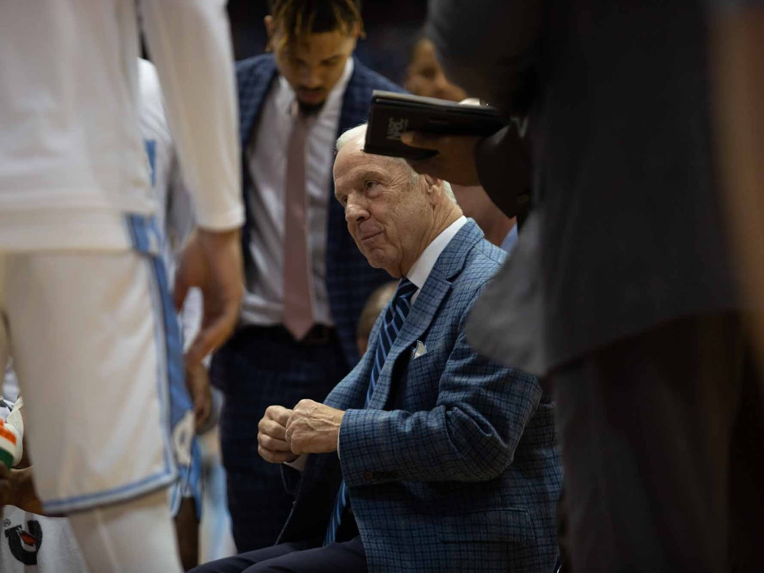 Head Coach Roy Williams talks to the players during a timeout against Clemson. UNC lost to Clemson 79-76, ending the Tigers 0-59 losing streak in Chapel Hill.