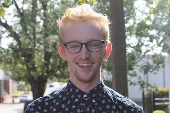 Online managing editor Danny Nett