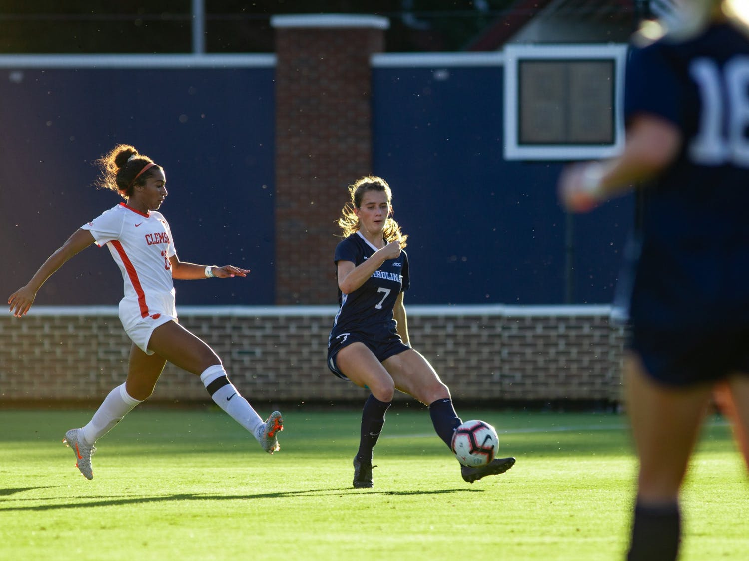 UNC sophomore defender Julia Dorsey (7) dribbles the ball during the game against Clemson at Dorrance Field on Thursday, Oct. 1, 2020. UNC beat Clemson 2-0.