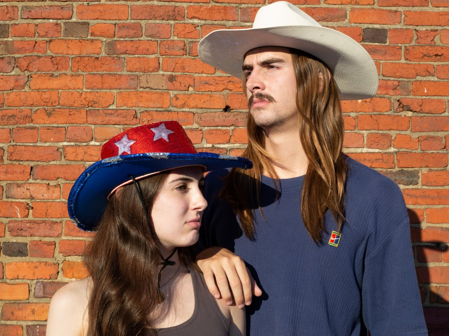 Editorial board members Ira Wilder and Caitlyn Yaede live their country fantasies for this week's music column.