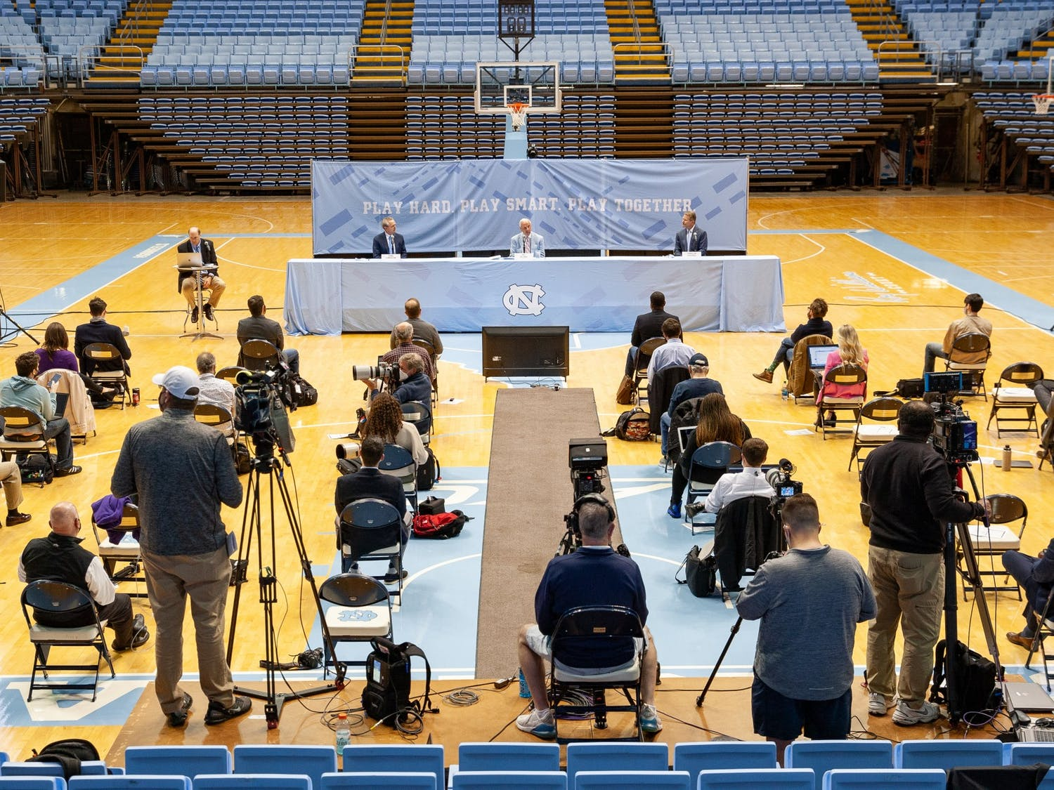 """I no longer feel that I am the right man for the job,"" said UNC head coach Roy Williams on his decision to retire. Williams announced his retirement at a press conference in the Smith Center on April 1, 2021."
