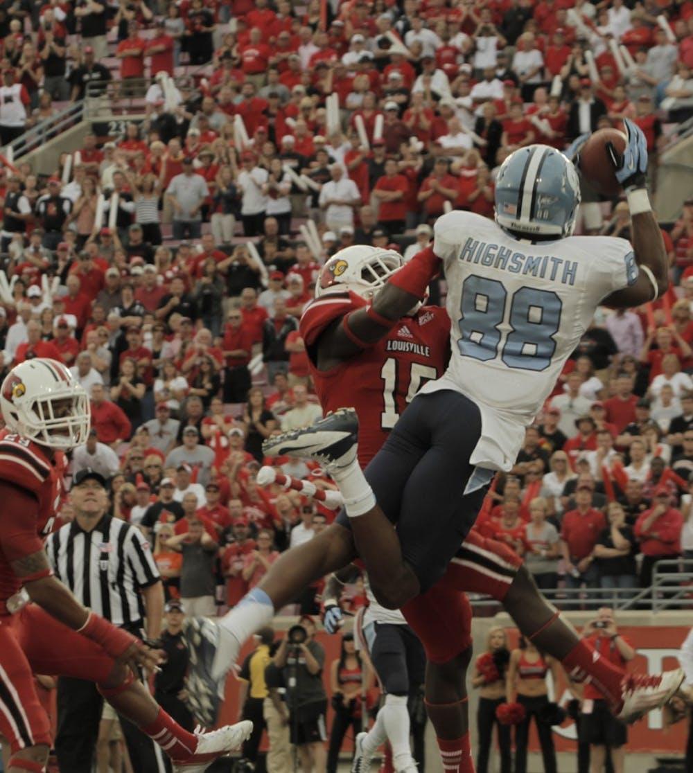 Quinshad Davis receiving passes, praise