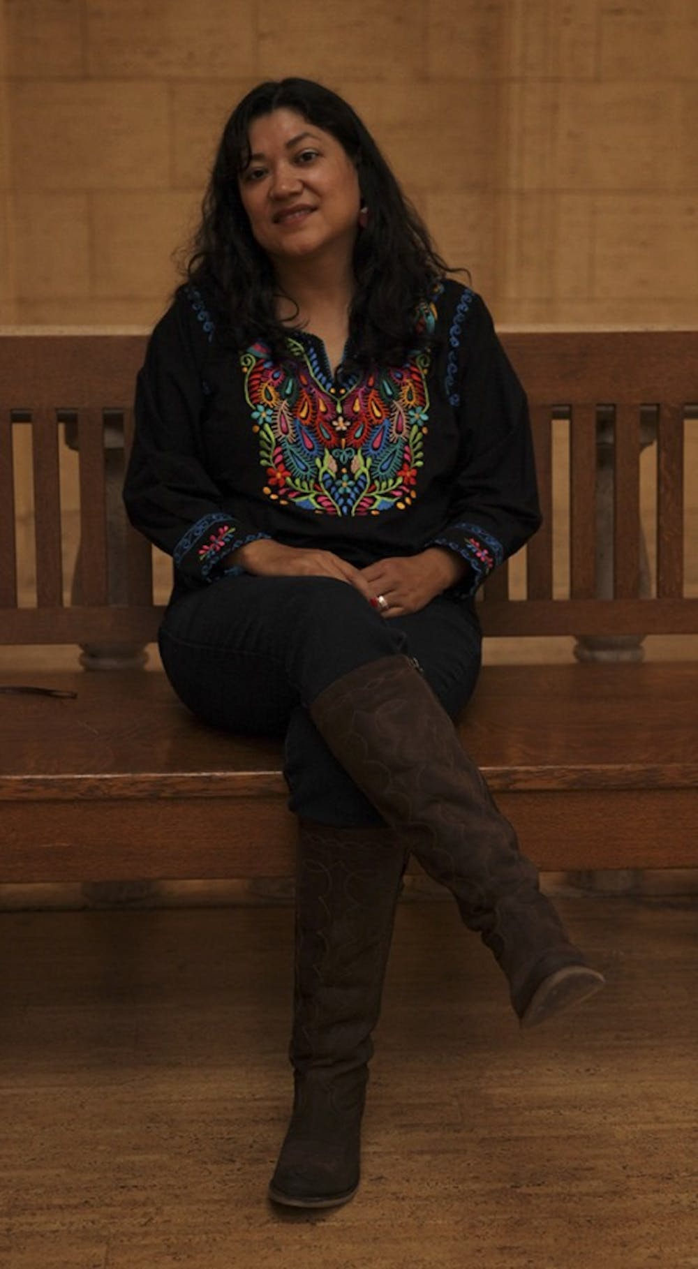 Author Reyna Grande discusses struggles of crossing US border
