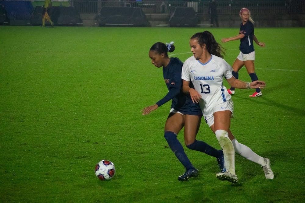 North Carolina women's soccer defeats Virginia in 2-0 shutout