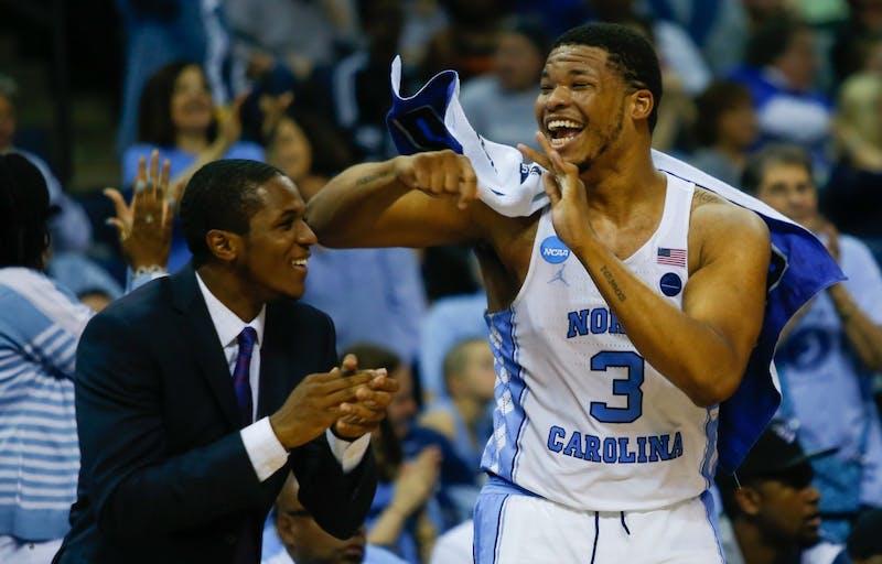 North Carolina rolls past Butler to Elite Eight