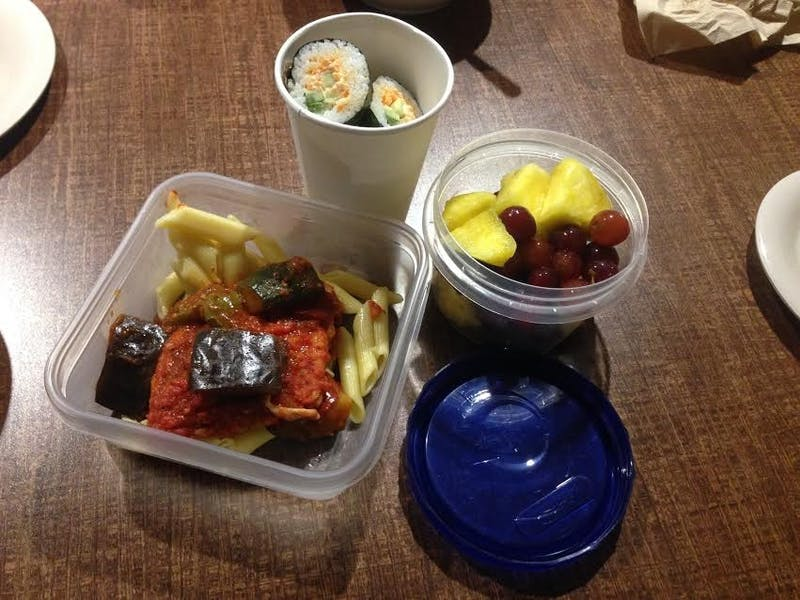 A variety of ways you can take food out from the dining halls.