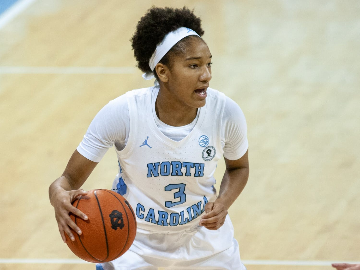 UNC first year guard Kennedy Todd-Williams (3) prepares to pass the ball during a game against Wake Forest on Sunday, Dec. 20 2020. UNC beat Wake Forest 77-74 in overtime.