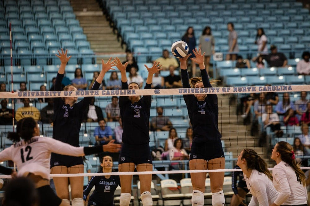 UNC volleyball dominates fifth and final set to claim close win over Wake Forest