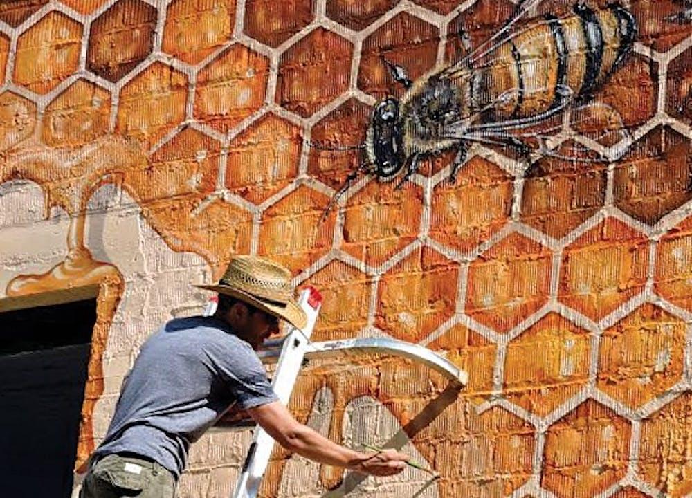 Honeybee mural to show struggle of bee population