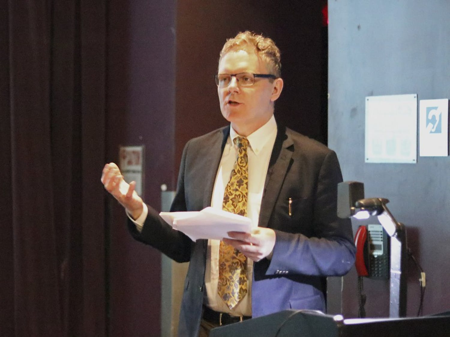 Stephen J. Campbell, a professor from John Hopkins, gave a lecture on 15th century Italian art at the Hanes Art Center on Wednesday night.