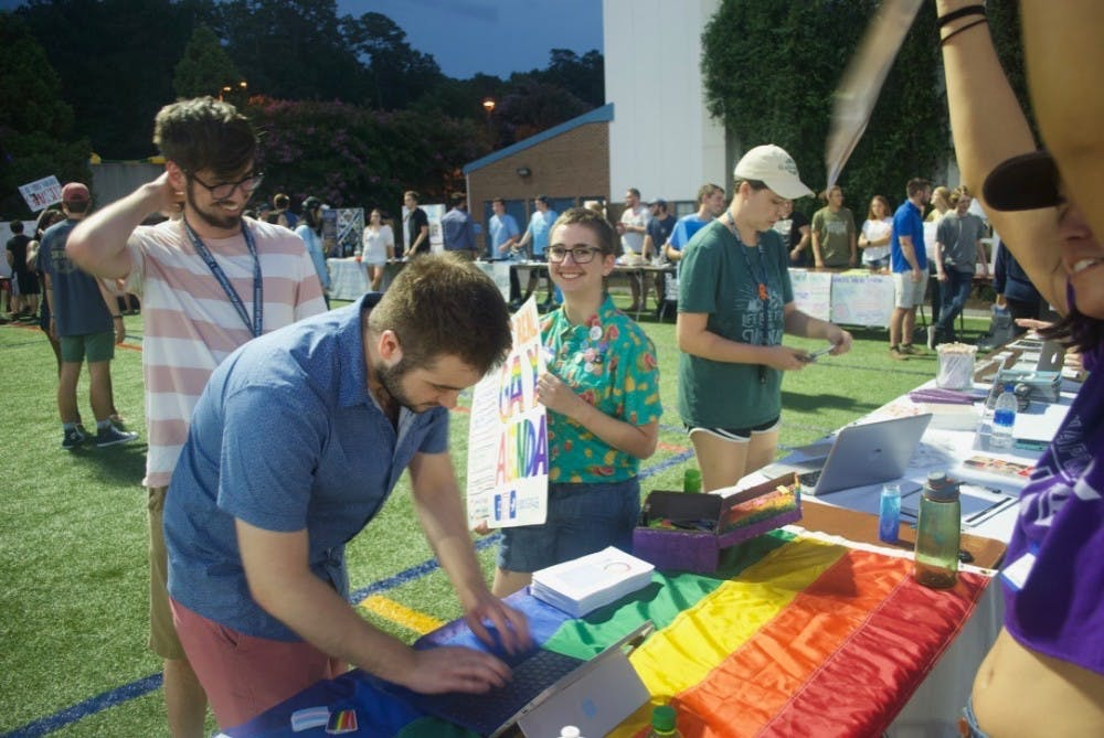 Queer FallFest aims to create a positive environment for incoming LGBTQ students