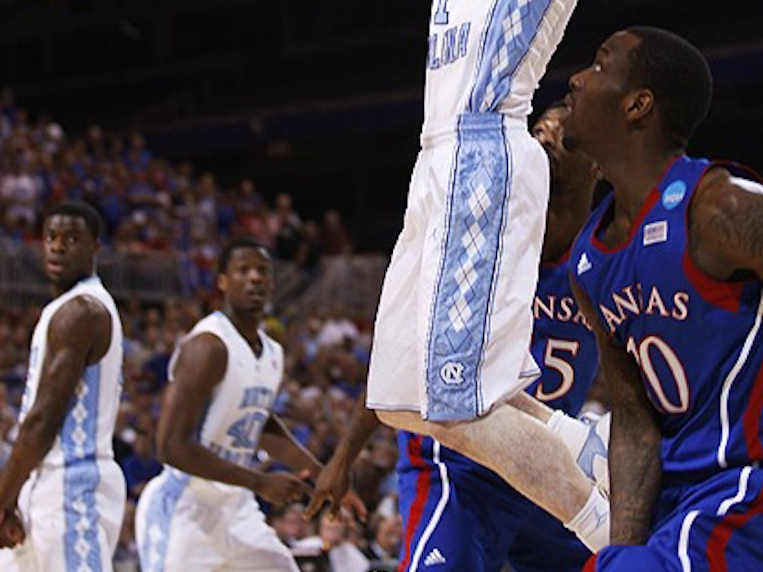 The North Carolina Tar Heels took on the Kansas Jayhawks in the Elite 8 round of the NCAA Tournament on Sunday at the Edward Jones Dome in St. Louis.