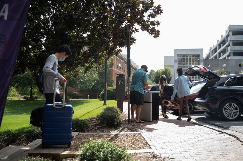 First-years living in Craige Residence Hall move out on Tuesday, Aug. 18, 2020 following UNC's announcement that all classes will be moving to an online format.