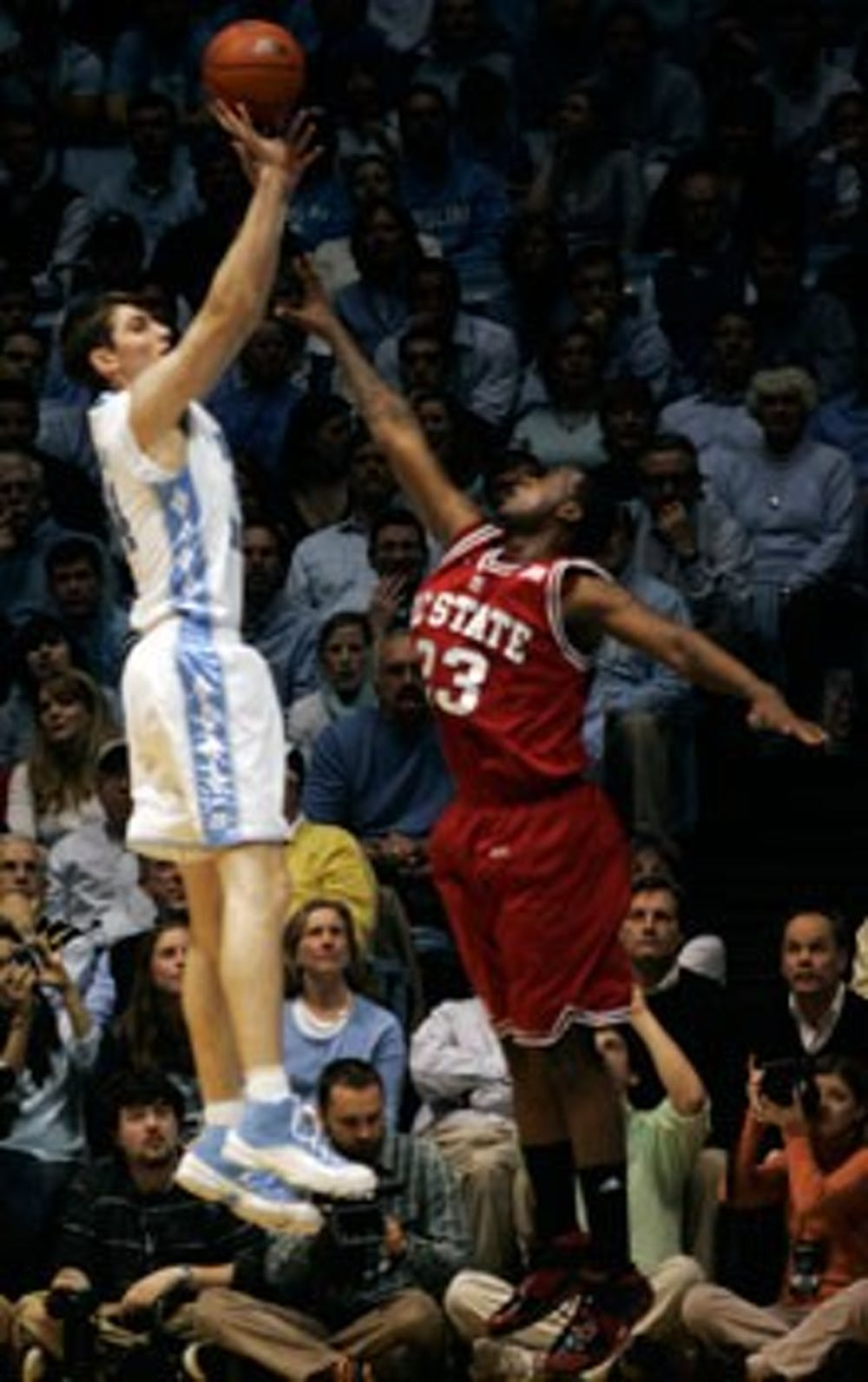 M. Basketball: Zeller's _¶ rst step back on court a quiet one