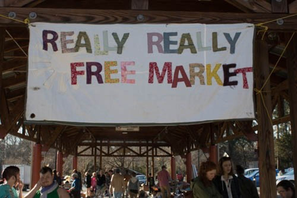 Socialists and capitalists alike enjoy the Carrboro Really Really Free Market
