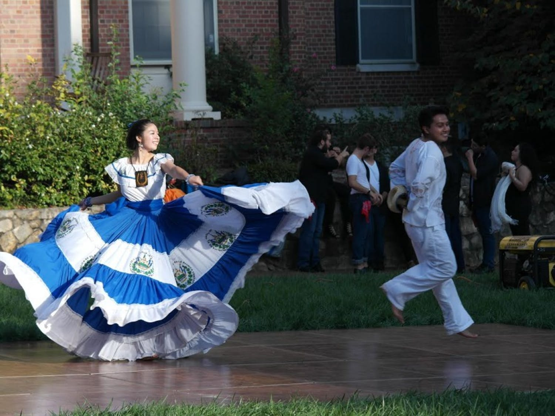 El Pueblo Salvadoreño performs a traditional Salvadorian dance at Carnaval at Alderman Quad on Sunday Oct. 15.